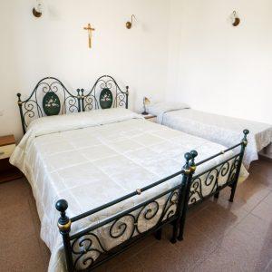 camera tripla il monastero bevagna umbria